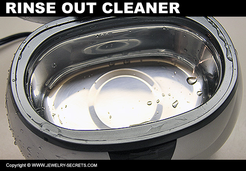 Rinse Out Jewelry Cleaner
